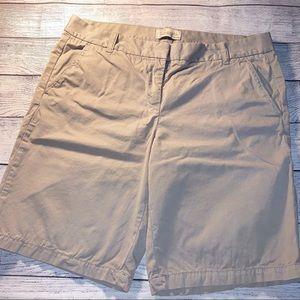 J crew Bermuda shorts size 6 EUC